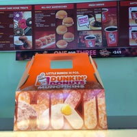 Photo taken at Dunkin' Donuts by Charmie S. on 5/8/2016