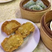 Foto tomada en Golden Fortune Seafood Restaurant por Charmie S. el 6/3/2018