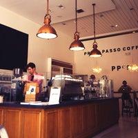 Снимок сделан в Primo Passo Coffee Co. пользователем Ryan U. 6/23/2013
