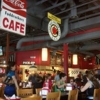 Photo taken at Fuddruckers by Cary S. on 10/27/2012