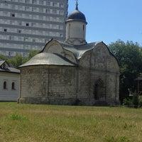 Photo taken at Храм св. мч. Трифона в Напрудном by Настя В. on 7/11/2016