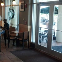 Photo taken at Starbucks by Kenneth M. on 4/15/2013