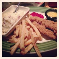 Photo taken at Applebee's by Thomas O. on 12/10/2012