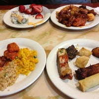Photo taken at Hibachi Grill Buffet by Tami B. on 6/10/2013