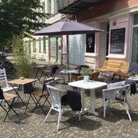Das Foto wurde bei Café Neue Liebe von Doris W. am 5/16/2016 aufgenommen
