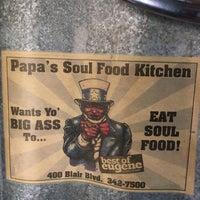 Photo taken at Papa's Soul Food Kitchen by Krista F. on 4/8/2017