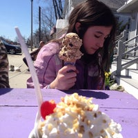 Photo taken at Mad Willie's Ice Cream by Bill R. on 4/20/2014