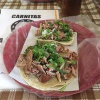 Photo taken at Carnitas La Herradura by Lilian J. on 6/25/2017