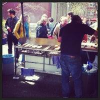 Das Foto wurde bei Wochenmarkt Winterfeldtplatz von Lennart Q. am 4/20/2013 aufgenommen