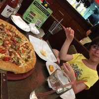 Photo taken at Pizza Hut by Hossein K. on 3/24/2017