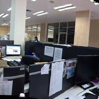 Photo taken at SB Furniture /BD Zone ก่อสร้าง by Lek on 5/2/2013