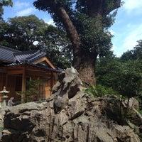 Photo taken at 八柱神社 by Yoshihito H. on 9/12/2014