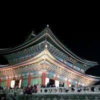 Photo taken at Gyeongbokgung by Susan L. on 10/4/2012
