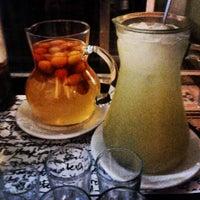 Foto tirada no(a) Moeda Bar e Restaurante por Alice C. em 7/12/2013