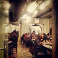 Foto tirada no(a) Moeda Bar e Restaurante por Alice C. em 8/7/2013