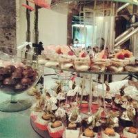Foto tirada no(a) Moeda Bar e Restaurante por Alice C. em 1/12/2013