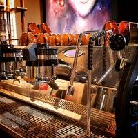 รูปภาพถ่ายที่ Two Cups Coffee โดย Two Cups Coffee เมื่อ 12/13/2015