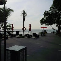 Photo taken at Pantai Anyer (Anyer Beach) by Bayu P. on 1/22/2016