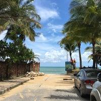 Photo taken at Mukdara Beach Villa And Spa Resort by Pakkamon👻 on 7/17/2016