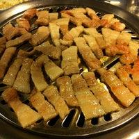 Photo taken at 청기와 소금구이 by Janet J. on 12/30/2012