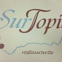 Foto tirada no(a) Surtopía por Loreto em 4/20/2013