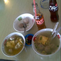 Photo taken at Bakso Cak Kar Wong Singosari by Ika K. on 3/10/2013