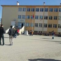 Photo taken at Şehit Ali Er Anadolu Lisesi by Mücahit G. on 3/13/2016