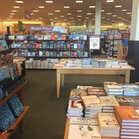 Photo taken at Barnes & Noble by Volkan on 5/18/2017