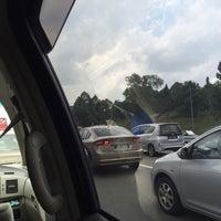 Photo taken at Highway Behrang (Lebuhraya Utara-Selatan) by syafar on 7/11/2016