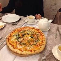 Foto scattata a Pasta Cafe da Dina G. il 11/19/2013