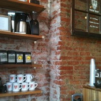 Photo taken at Ultimo Coffee @ Brew by Raquel T. on 4/13/2013