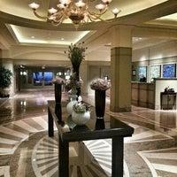 Foto tirada no(a) Fairmont Miramar Hotel & Bungalows por Radim S. em 7/25/2013