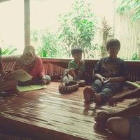 Photo taken at Dapoer Nusantara by Dewi E. on 12/24/2012