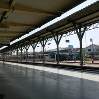 Photo taken at Sisaket Railway Station (SRT2273) by ⓚanchanatice ❄. on 2/12/2017
