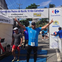 Photo taken at Corrida das Pontes do Recife by Romero G. on 3/23/2014