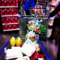 Photo taken at Walmart by Alessandro Z. on 9/23/2012