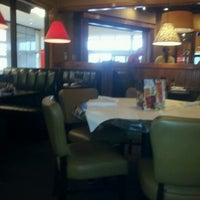 Photo taken at Ruby Tuesday by Bobi F. on 10/24/2013