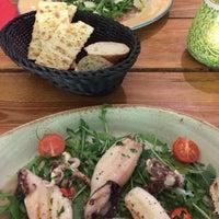 Das Foto wurde bei Antonello's Cevicheria & Street Food von Anela S. am 2/25/2017 aufgenommen