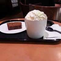 Photo taken at Starbucks by Arnaud P. on 10/25/2012