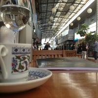 4/11/2013 tarihinde Guvenc O.ziyaretçi tarafından Cafe Cafe'de çekilen fotoğraf