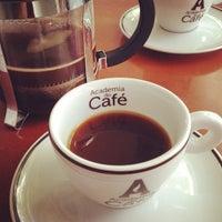Foto tirada no(a) Academia do Café por Fred A. em 2/22/2014