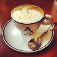 Foto tirada no(a) Academia do Café por Fred A. em 12/16/2013