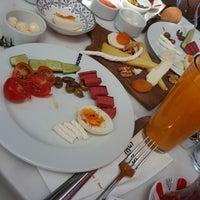 Das Foto wurde bei Big Chefs von Gülizar U. am 5/5/2018 aufgenommen