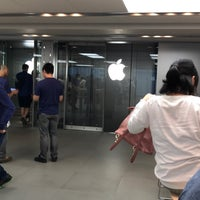 Photo taken at Genius Bar by PCL86 M. on 6/21/2017