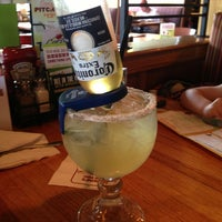 Photo taken at Applebee's Neighborhood Grill & Bar by Christopher M. on 5/31/2013