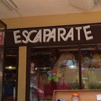 รูปภาพถ่ายที่ Escaparate โดย Xhumpirinisa เมื่อ 6/27/2013