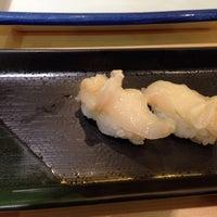 Photo taken at にぎり鮨 魚魚 by vandat v. on 1/18/2014