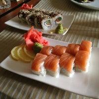 3/1/2013에 Artem T.님이 RollHouse - Sushi&Pizza에서 찍은 사진