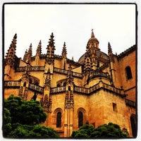Photo taken at Catedral de Segovia by Lizbeth C. on 8/10/2013