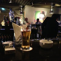 Снимок сделан в The K Lounge, The K Hotel пользователем Sal K. 2/24/2013